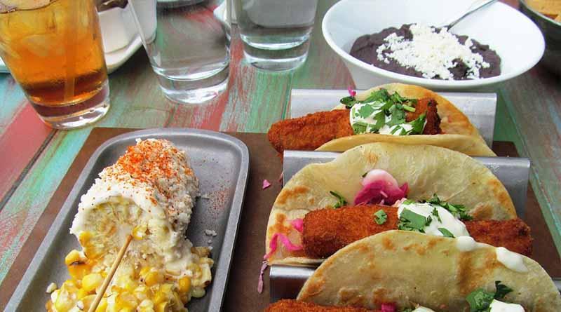 Mexicanos en París venderán comida típica para apoyar a damnificados