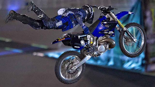 Ciudad de México vibra con espectáculo motocross de Xpilots
