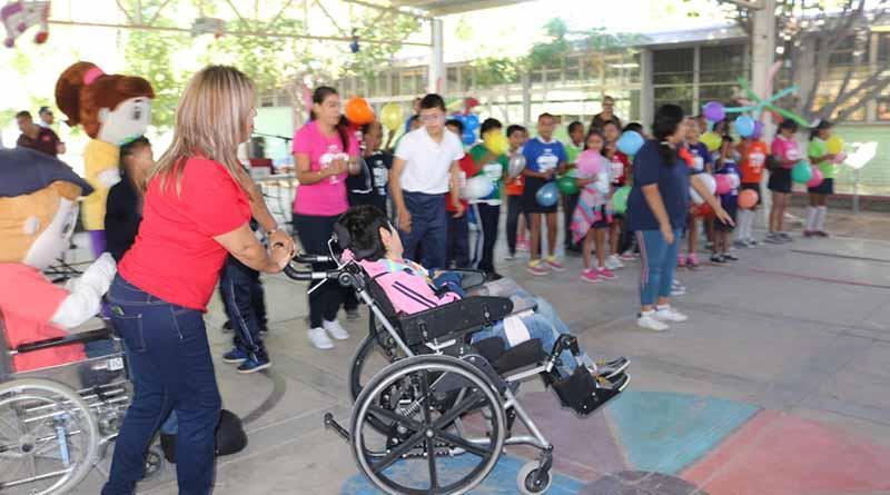 Celebran CAM día internacional de la discapacidad con festival en el teatro de la ciudad: SEP