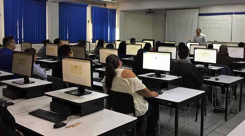 Asisten en BCS al examen del desempeño el 99 por ciento de los docentes programados del nivel primaria: SEP