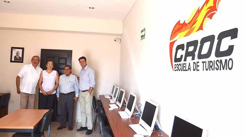 En Escuela de Turismo de la CROC, capacitación con altos estándares de calidad: Vargas Juárez