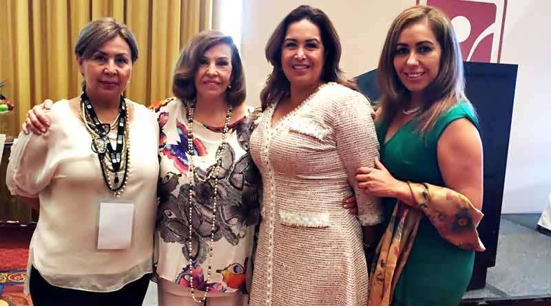 Asiste presidenta de SEDIF BCS al 19 congreso internacional en adicciones