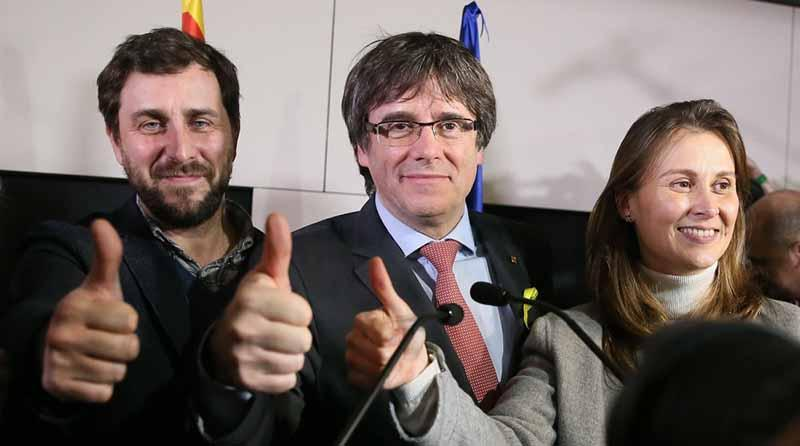 Puigdemont pide dar soberanía a Cataluña tras victoria independentista