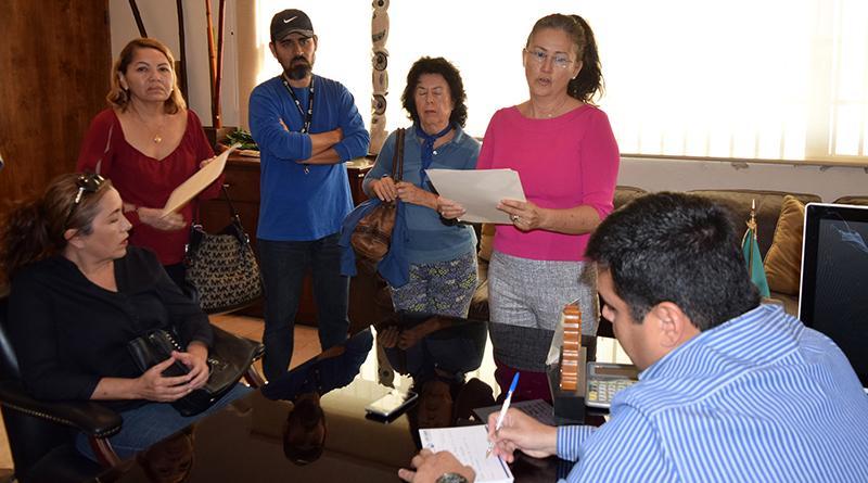 Atiende Delegación de Cabo San Lucas a vecinos de Brisas del Pacífico