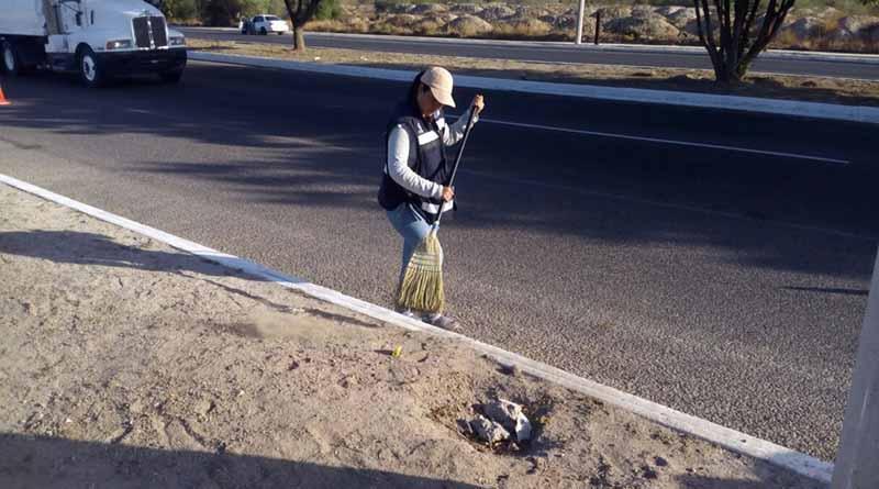 Intenso trabajo en la zona rural con la reparación y raspado de caminos: Martin Guluarte