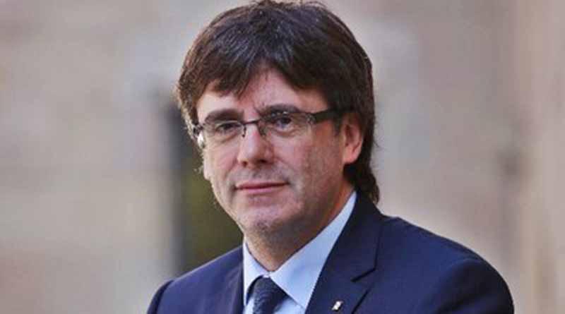 Filtran mensajes de Puigdemont en que reconoce derrota