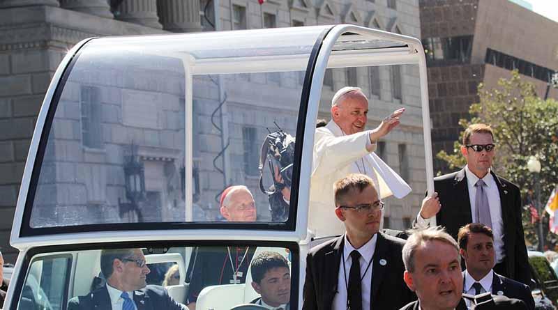 Polémica por abusos y crítica socioambiental marcaron gira del Papa