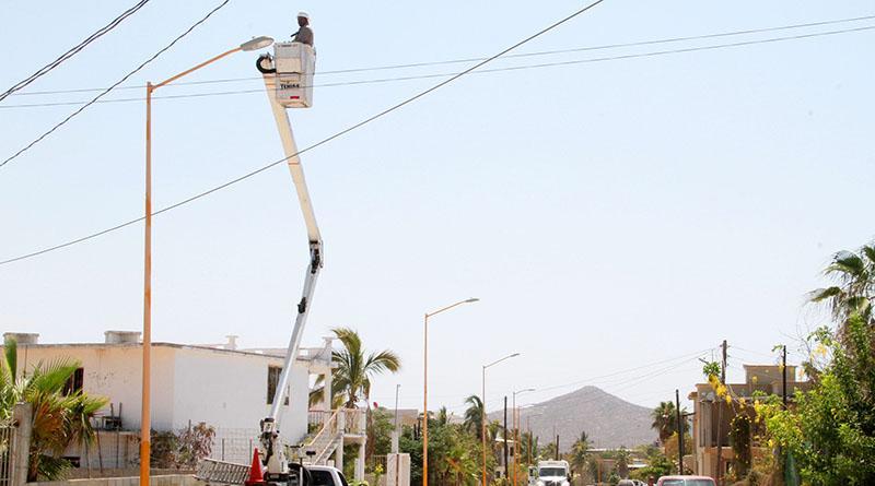 Gobierno Municipal mantiene constante el trabajo de rehablitación del alumbrado público