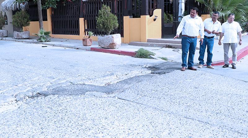 Delegado Interino de CSL gestiona ante obras públicas municipales