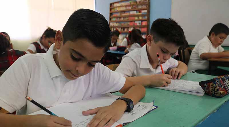 Para el ciclo 2018-2019 garantiza Gobierno de BCS espacios educativos en nivel basico: SEP