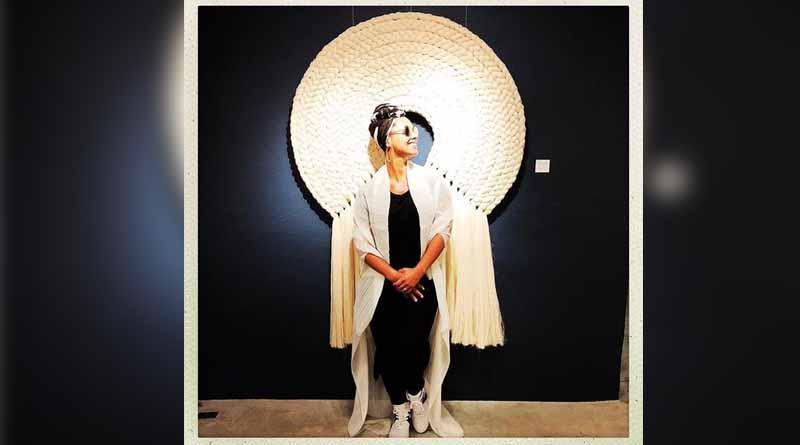 Alicia Keys pasea por galerías de SJC
