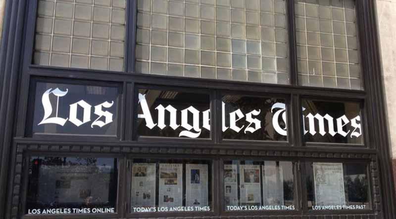 Inmigrante multimillonario compra el diario Los Angeles Times