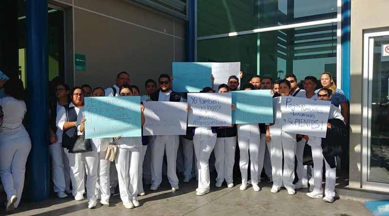 Enfermeros suplentes del Salvatierra reclaman derechos laborales y pagos puntuales