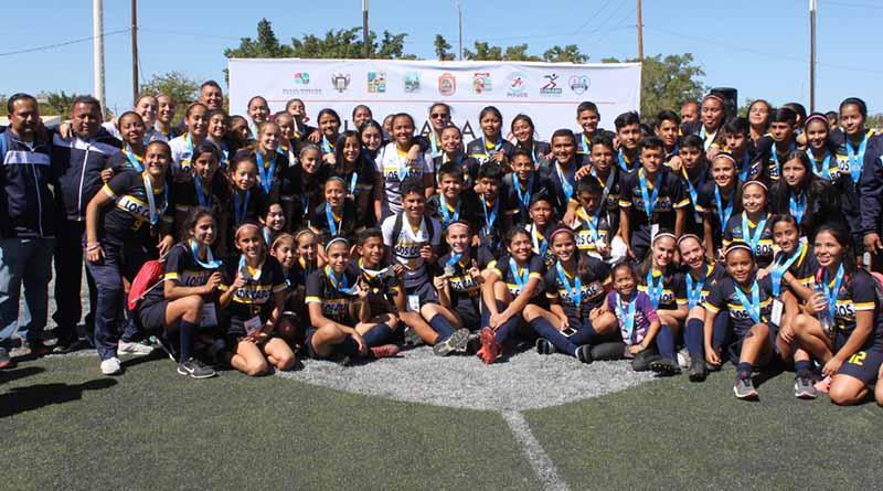 Los Cabos domina el futbol femenil y La Paz el varonil