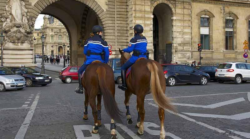 Arrestan a tres hombres por presunto canibalismo en región parisina