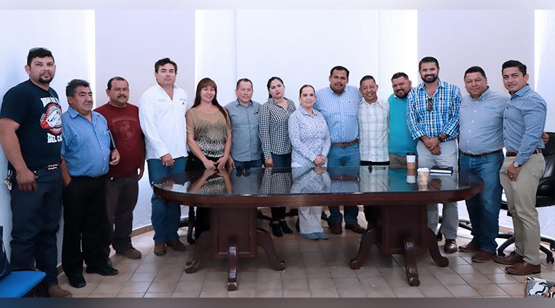 Delegado de Cabo San Lucas atiende llamado de vecinos de Colonia Lagunitas