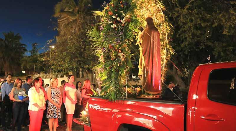Realizan procesión en honor al Santo Patrono San José