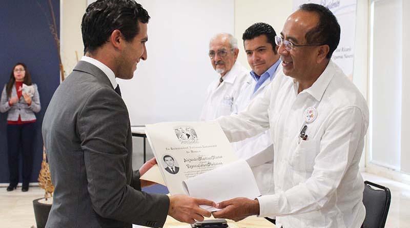 Egresan Médicos Especialistas  del Hospital Juan María de Salvatierra