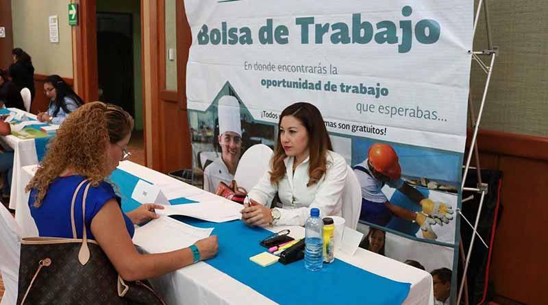 Se fortalecen programas de empleo y desarrollo social para las mujeres