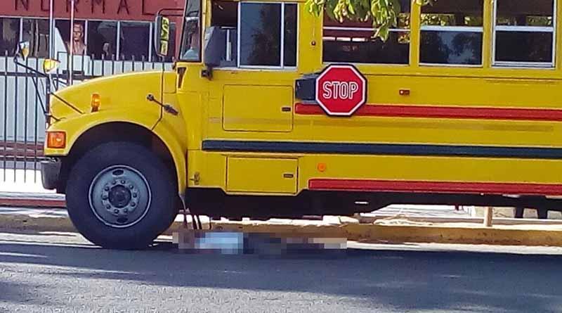 Camión de transporte público atropella y mata a un hombre en La Paz