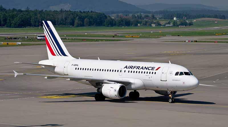 Air France anula el 25 por ciento de sus vuelos por huelga