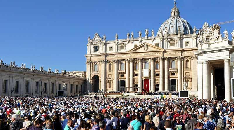 Mexicanas participan en debate del Vaticano sobre rol de la mujer