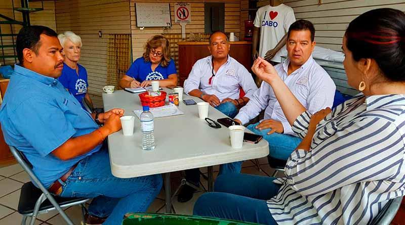 Atiende delegado de CSL encuentro con comerciantes
