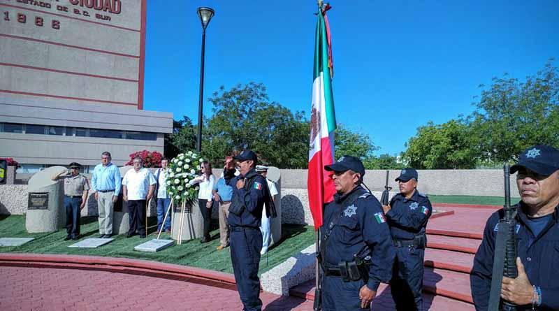 Realizan Ceremonia Cívica por el XLIV Aniversario Luctuoso del Gral. Agustín Olachea