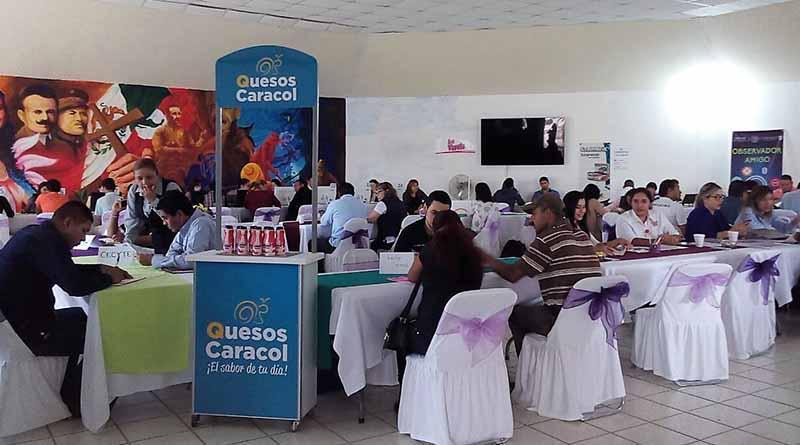 Buena respuesta a la Micro Feria de Empleo en Comondú