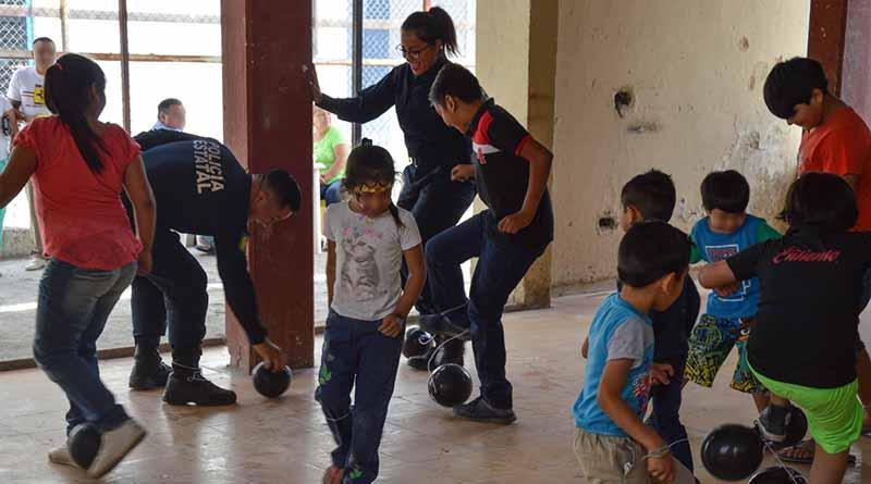 Celebra SSPE a niños en el centro Penitenciario de La Paz