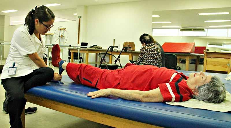 Continúa  Centro de Rehabilitación  con servicio de consultas médicas