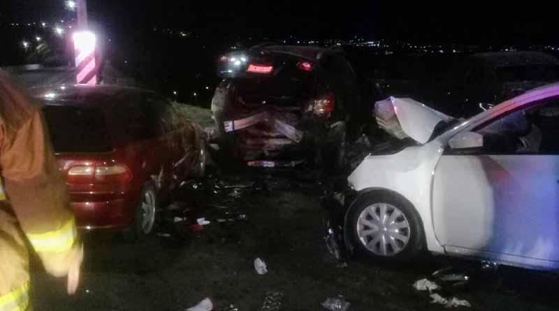 Fuerte carambola de carros en Costa Azul deja 8 jóvenes lesionados de gravedad