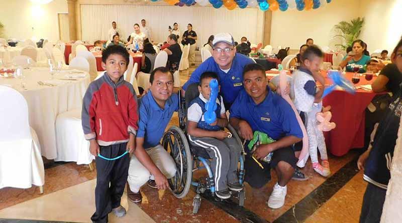 Fundación Letty Coppel y Grupo Pueblo Bonito festejan el día de los niños
