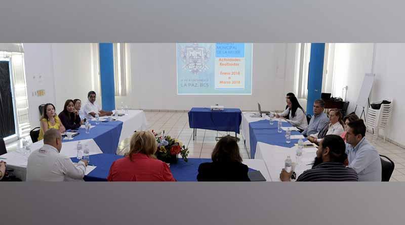 Sesiona Consejo Municipal de la Mujer