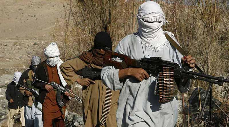 Talibanes anuncian su nueva ofensiva de primavera y rechazan diálogo
