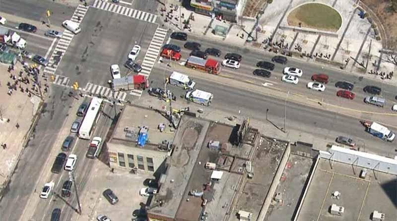 Conductor atropella deliberadamente a 10 personas en Toronto