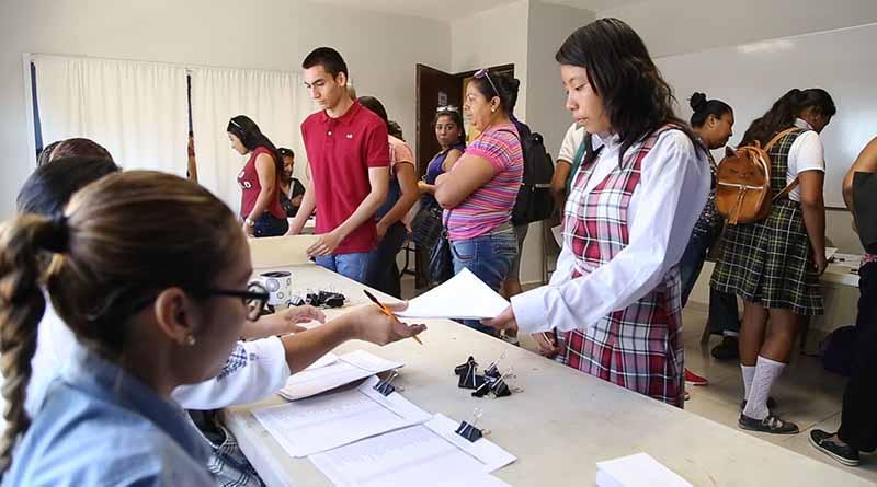 Apoyo permanente con estudiantes  de Los Cabos