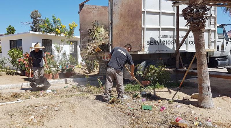 Rehabilita Servicios Públicos, panteones del municipio previo al 10 de Mayo