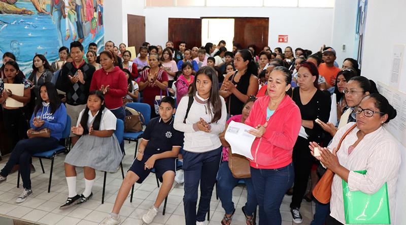 Pago de becas en la delegación de Cabo San Lucas