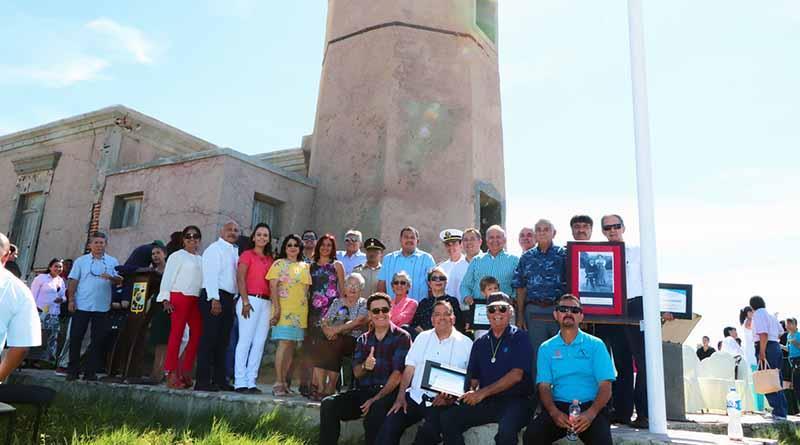 Realizan ceremonia cívica conmemorativa 113 Aniversario del Faro Viejo de Cabo falso en CSL