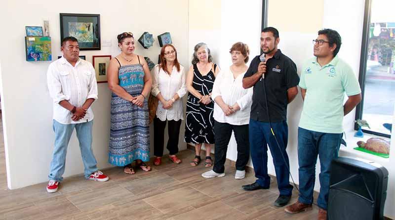 """Inauguran exposición """"Pintura y Artesanía de BCS"""" en galería de Cabo San Lucas"""