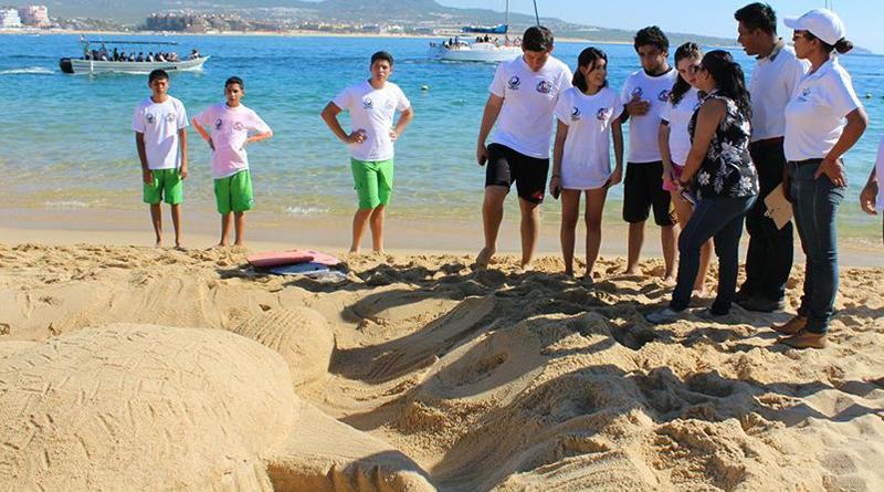 Invitan a alumnos de la comunidad de la playa al concurso de Modelado de Arena