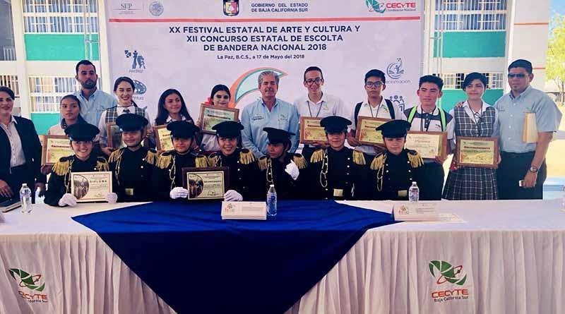 Celebra el CECYTE BCS, los concursos estatales de arte y cultura, y escoltas de bandera nacional