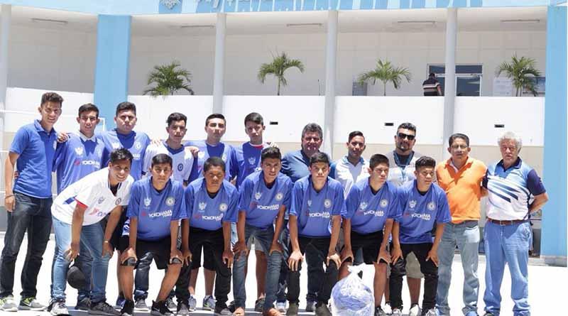 """Asiste La Paz al Estatal de Futbol """"Benito Juárez"""" en Santa Rosalía"""