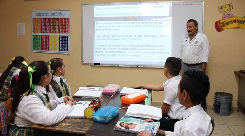 Laboran en BCS mil 300 maestros en todos los niveles de enseñanza: SEP