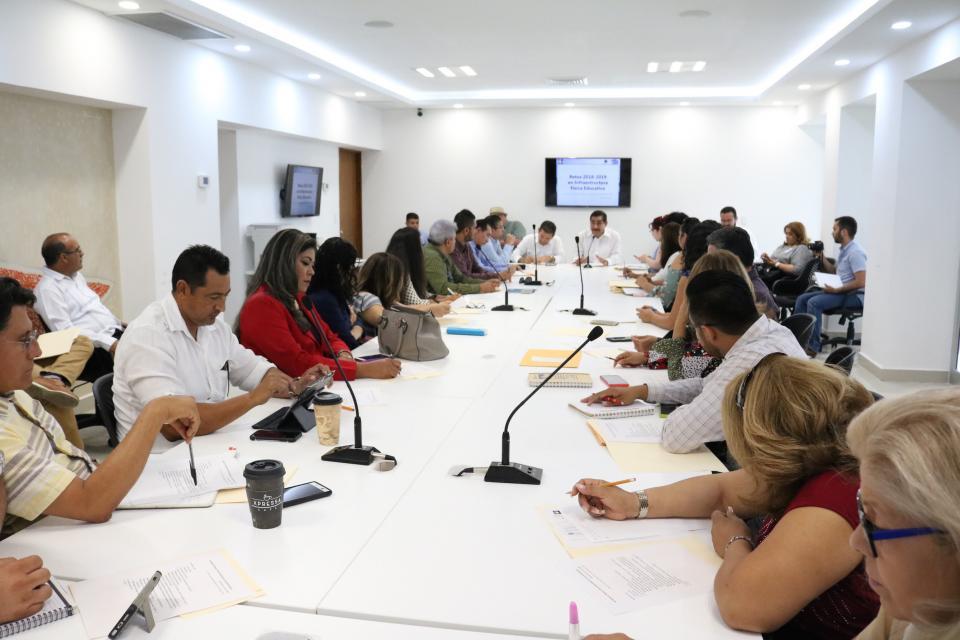 Busca SEP cobertura del 100 por ciento de espacios de nivel básico en Los Cabos