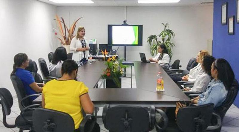 Capacita salud a psicólogos que coordinan la atención primaria en adicciones