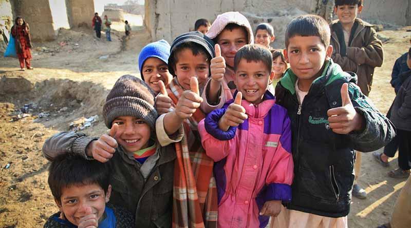 Conflictos en Afganistán desplazan a más de 83 mil personas