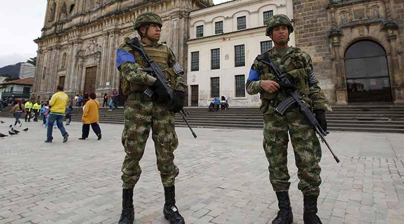 Despliegan 155 mil militares y policías para elección en Colombia