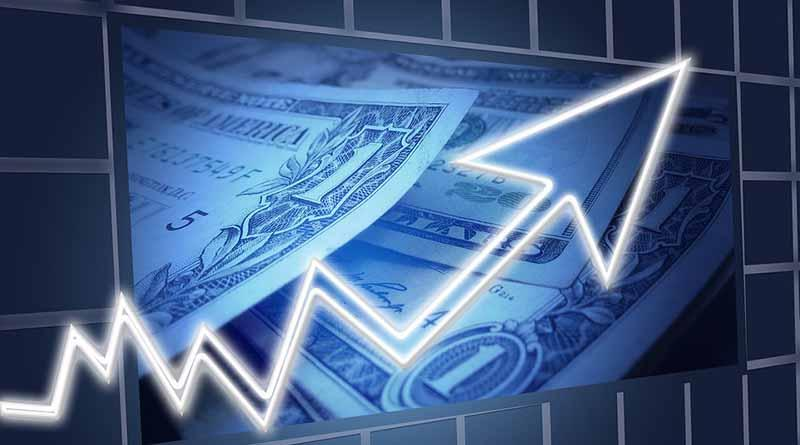 Dólar promedia a 18.92 pesos a la venta en el aeropuerto capitalino
